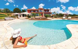 Large Holiday Home near Pula