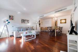 BARCELONA LUXURY 3 BEDROOM RENTAL - PORTAL DEL ANGEL